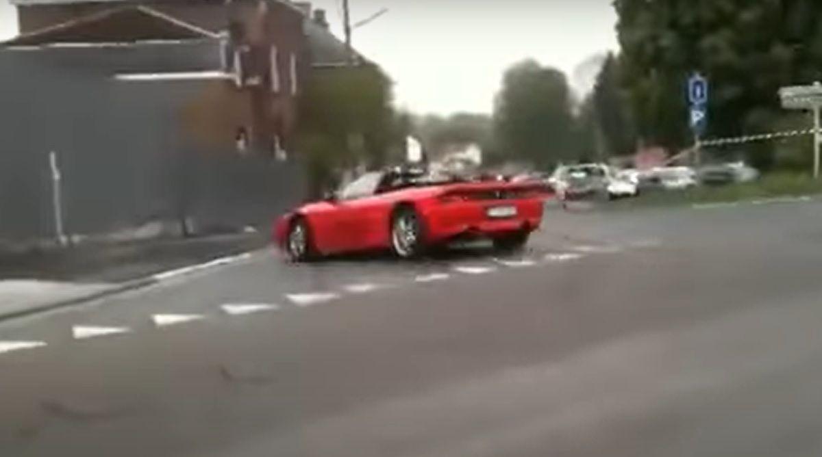 Rozbicie Ferrari 348