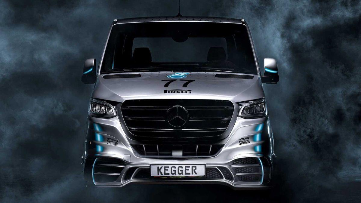 Autotranspoter Mercedes Kegger