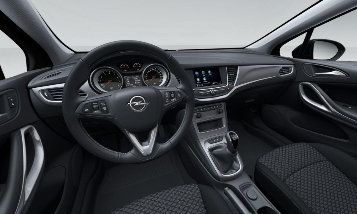 Opel Astra Edition - wnętrze