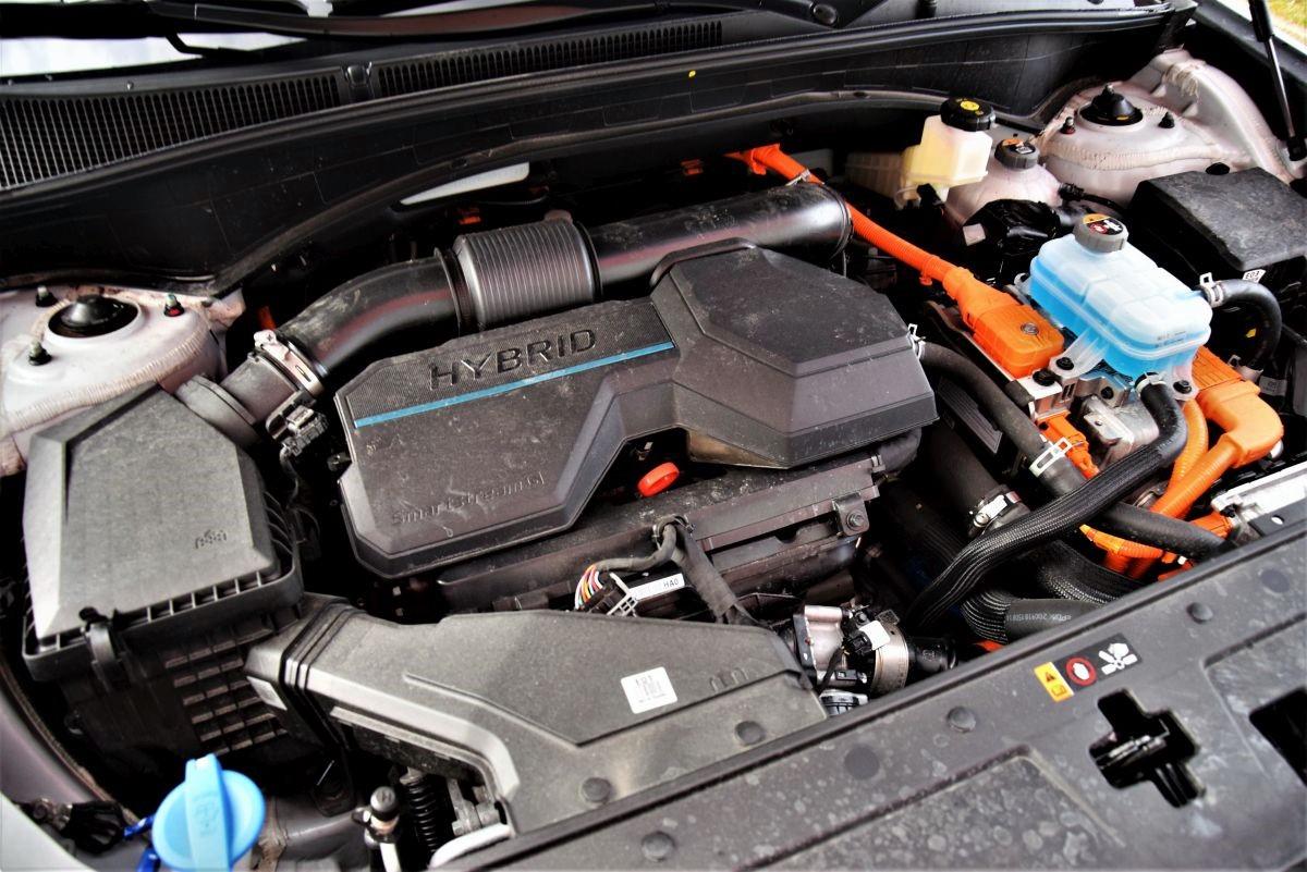 Hyundai Santa Fe HEV dane techniczne