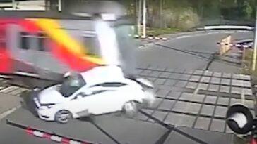 Radziwiłłów wypadek przejazd kolejowy