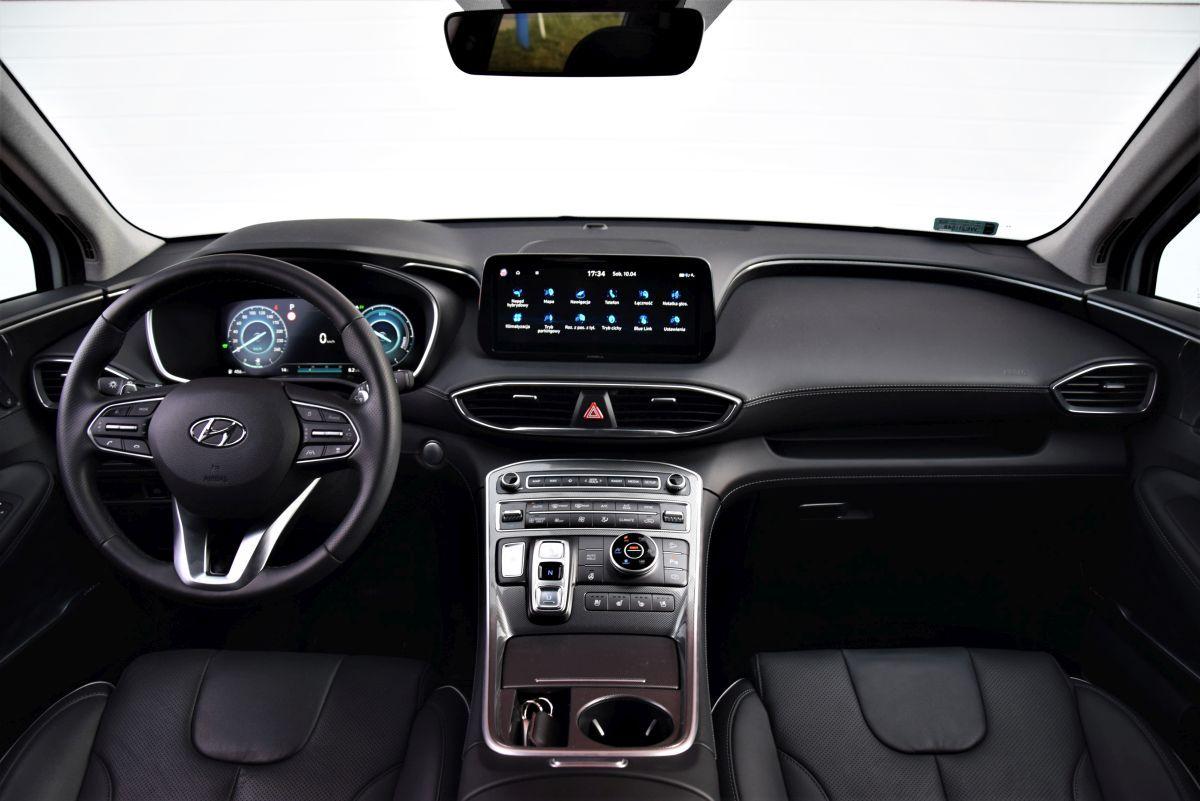 Hyundai Santa Fe 2021 wnętrze