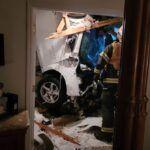 Zderzenia auta z domem
