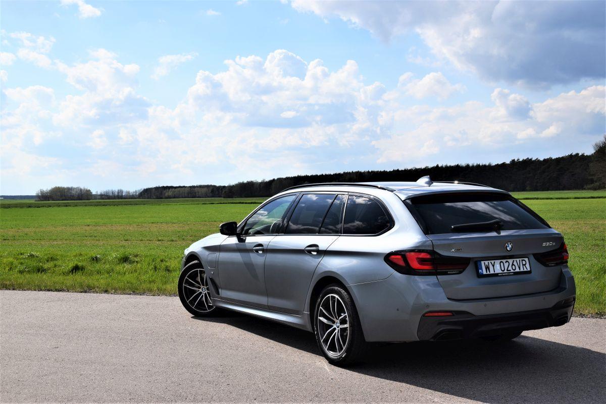 BMW 530e prowadzenie