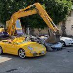 Niszczenie luksusowych aut na Filipinach