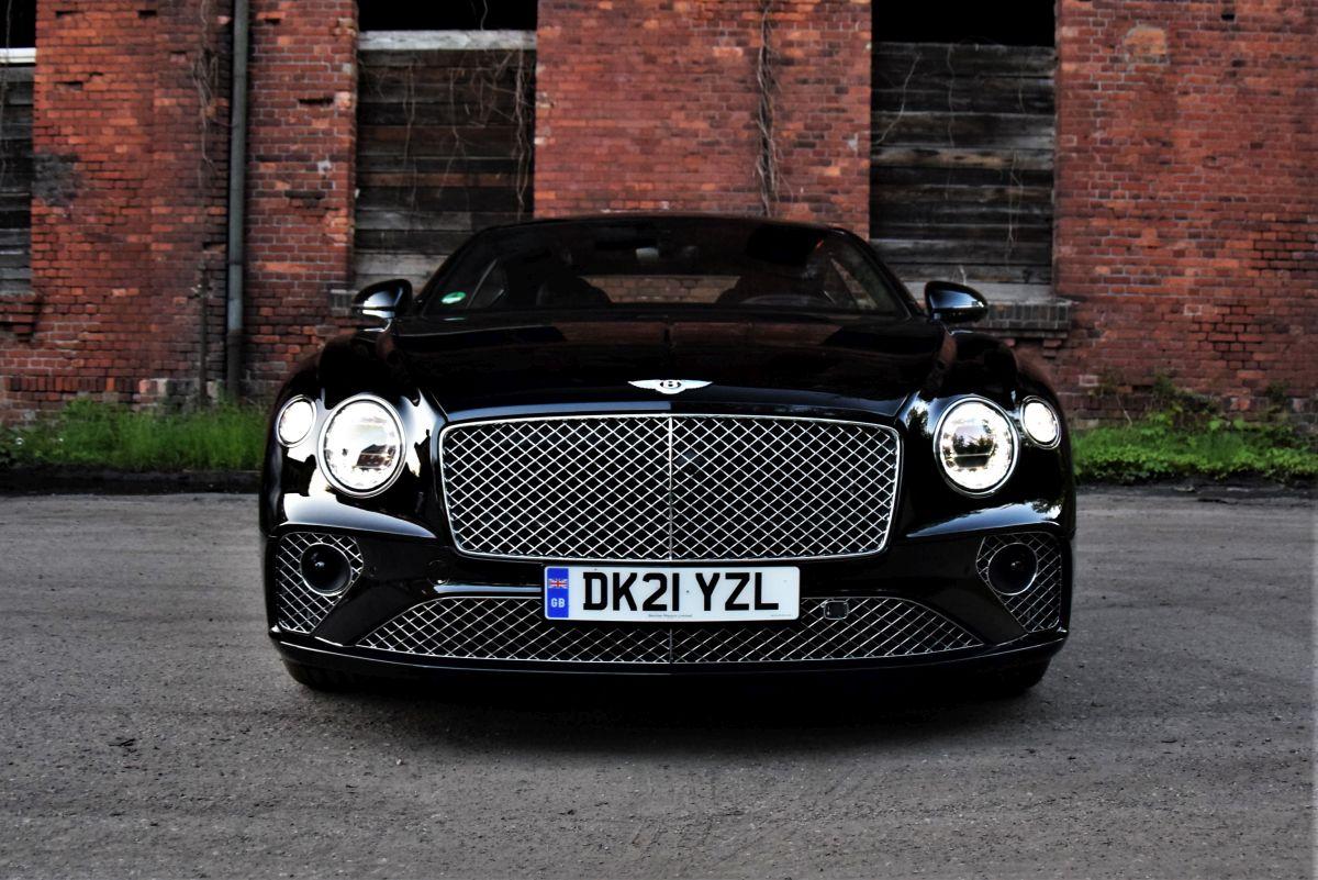 Bentley Continental GT V8 2021 - przód