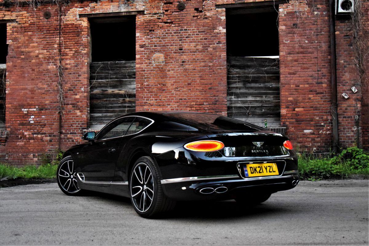 Ile kosztuje Bentley Continental GT V8