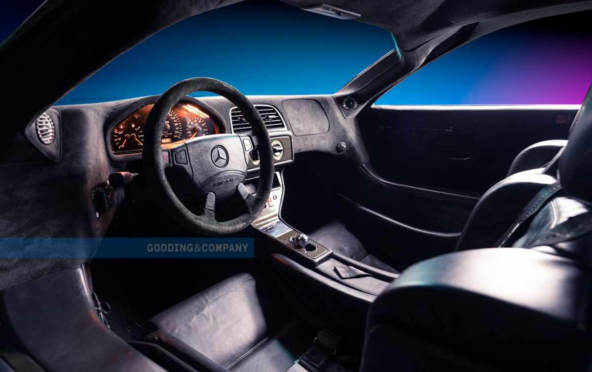 Mercedes-Benz CLK GTR - interior