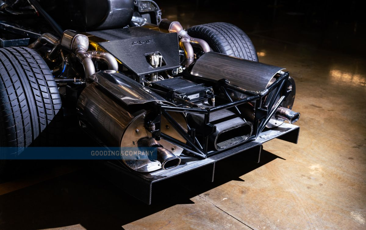 Mercedes CLK GTR engine