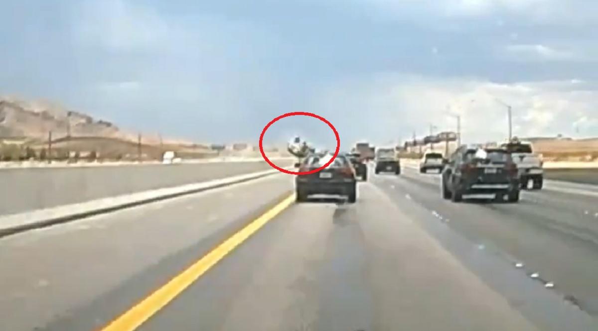 Dachowanie na autostradzie