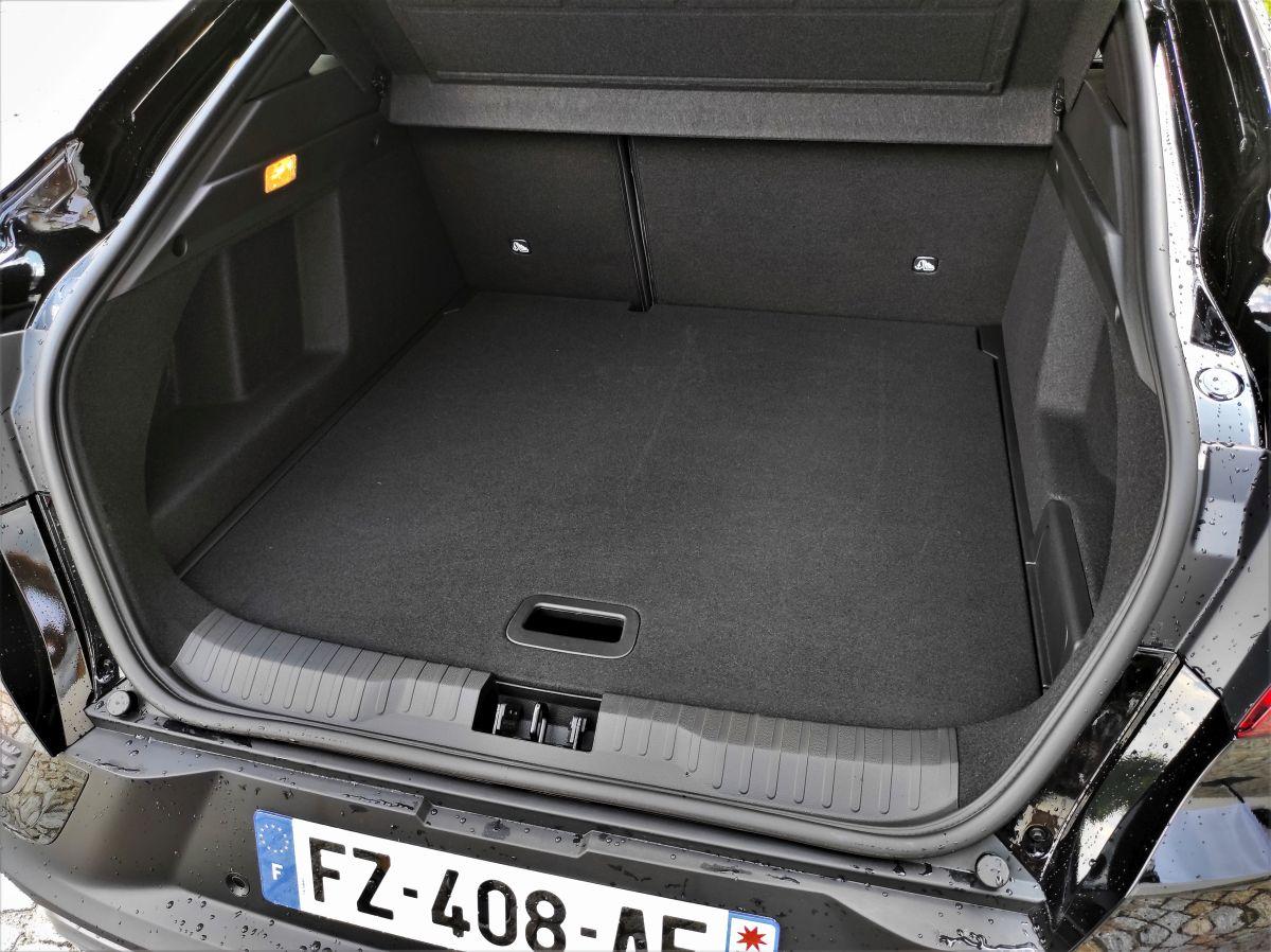 Renault Arkana E-TECH pojemność bagaznika