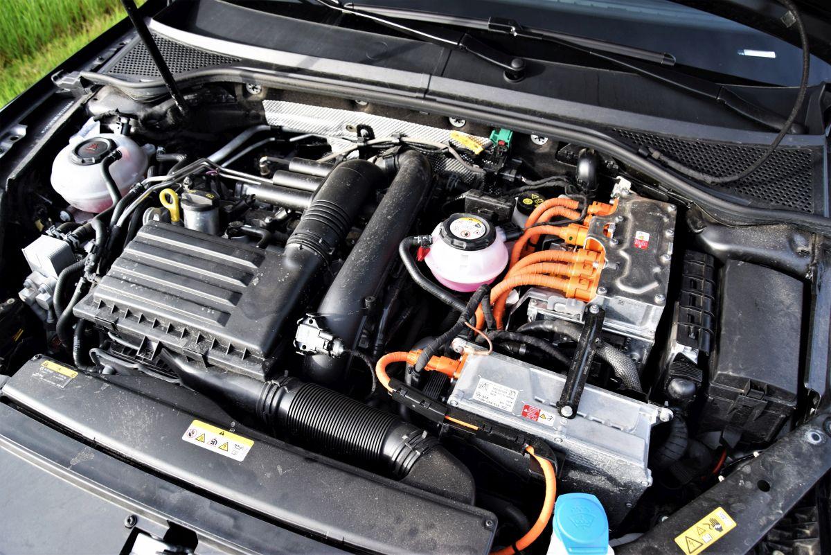 Volkswagen Passat GTE - dane techniczne