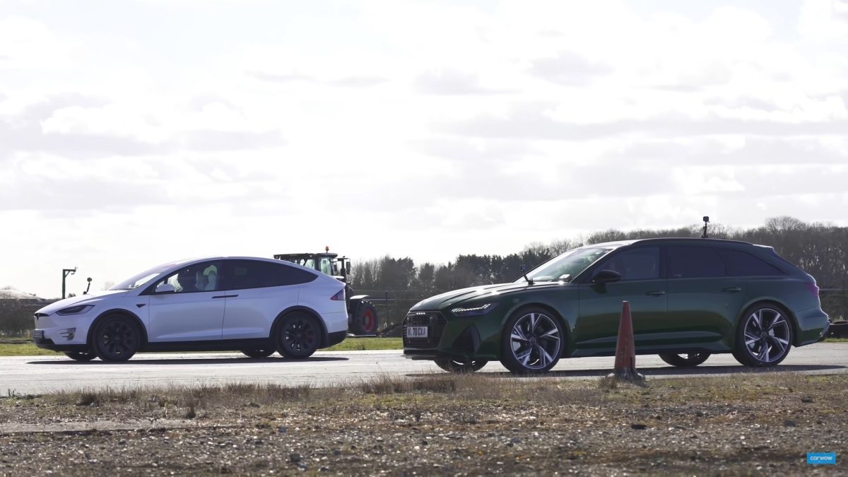 Audi RS6 vs Tesla Model X