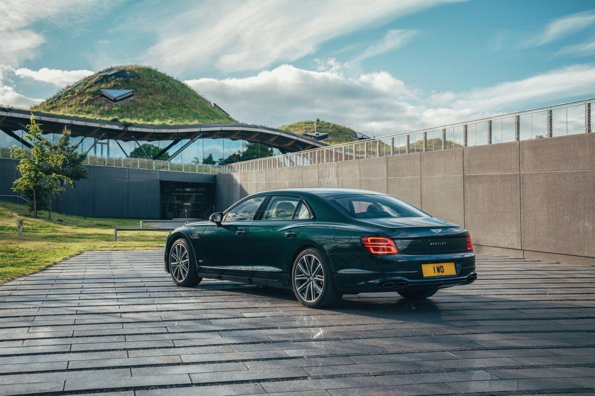 Bentley Flying Spur hybryda