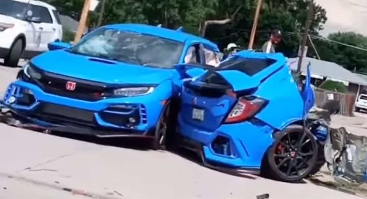 Honda Civic Type R in two parts