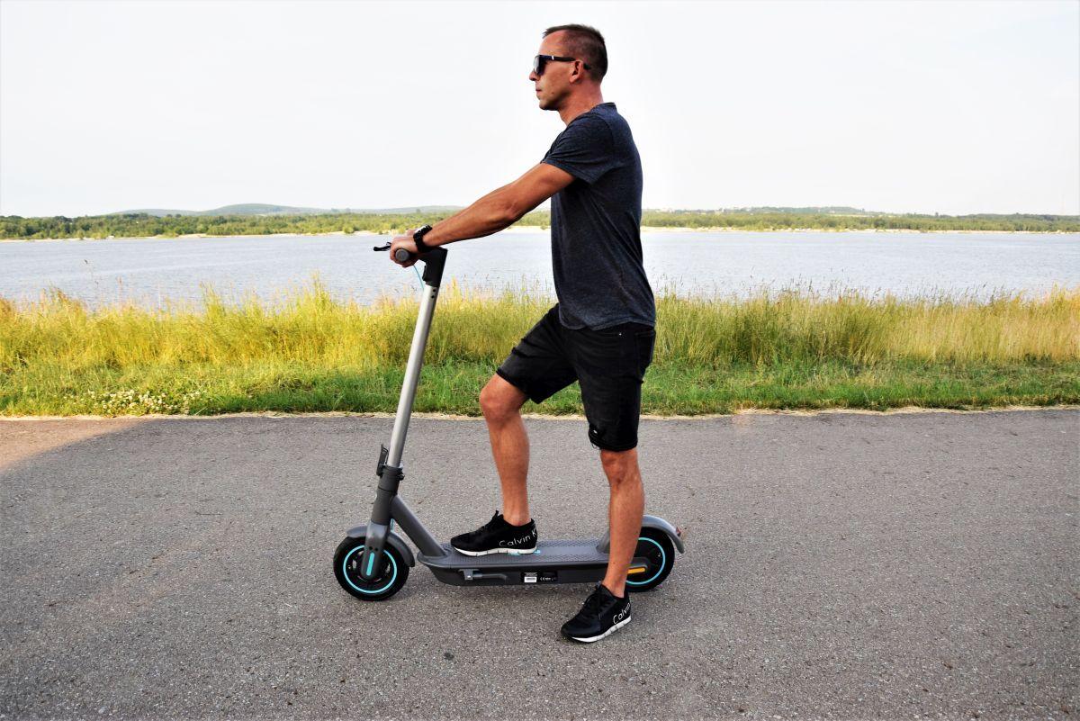 Motus Scooty 10 2021 koła