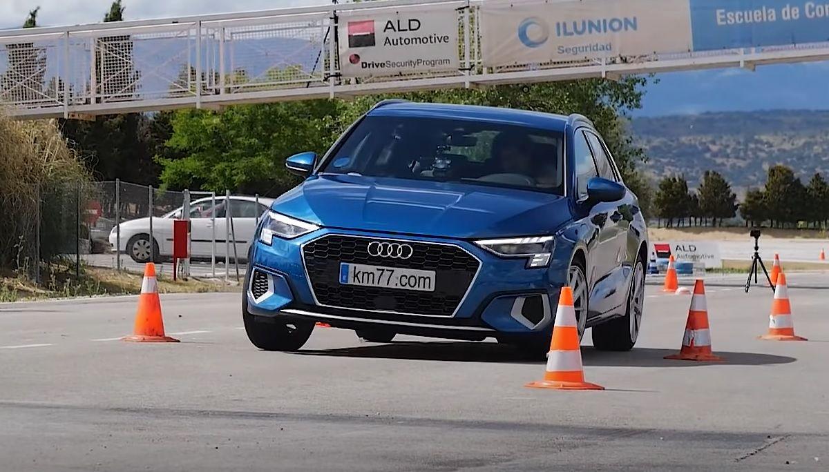 Audi A3 Sportback 2021 test łosia