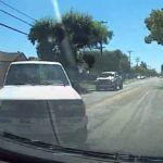 Kierowca pick-upa wymusił i doprowadził do kolizji