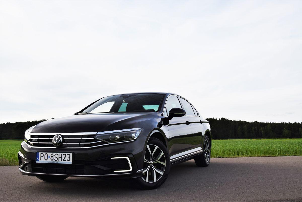 VW Passat GTE 2021 test