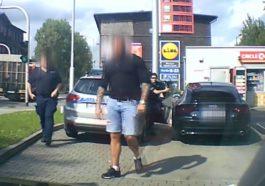 Agresor z Audi wysiadł z kabiny i groził innemu kierowcy