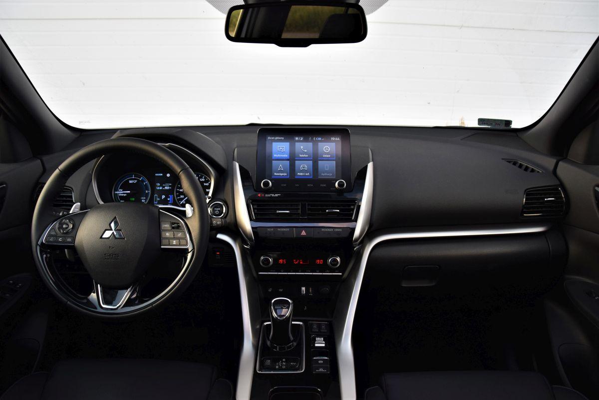 Mitsubishi Eclipse Cross PHEV - wnętrze
