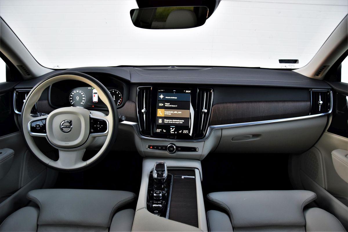 Volvo V90 - wnętrze
