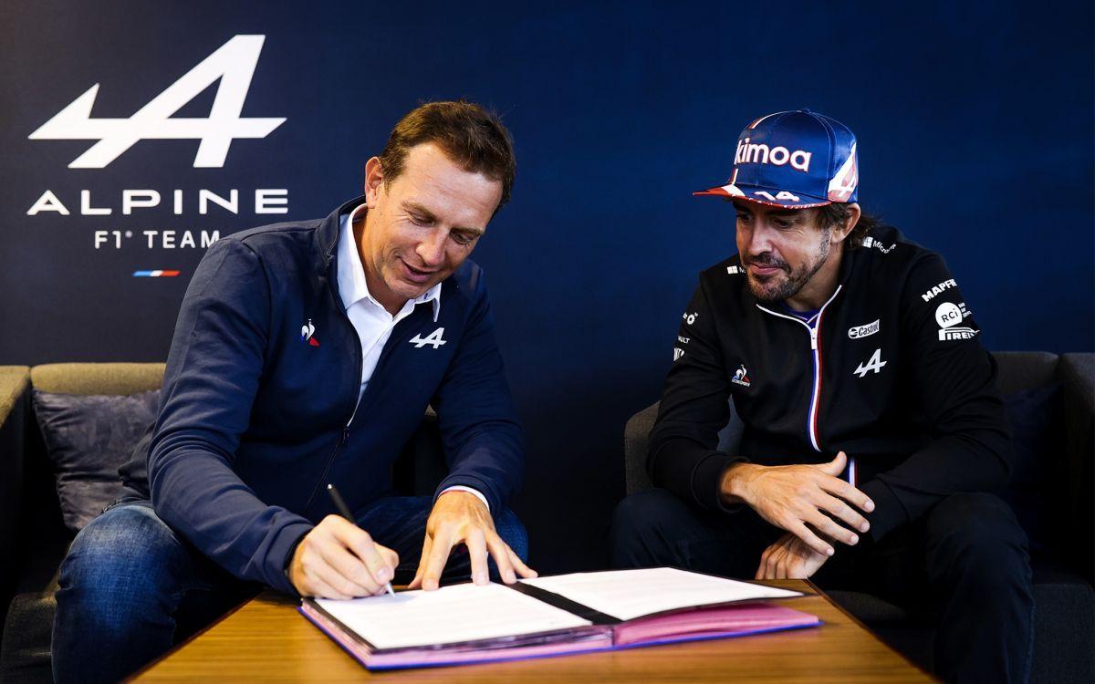 Alonso podpisał kontrakt z Alpine na sezon 2022