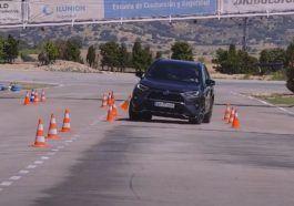 Toyota RAV4 2021 - test łosia