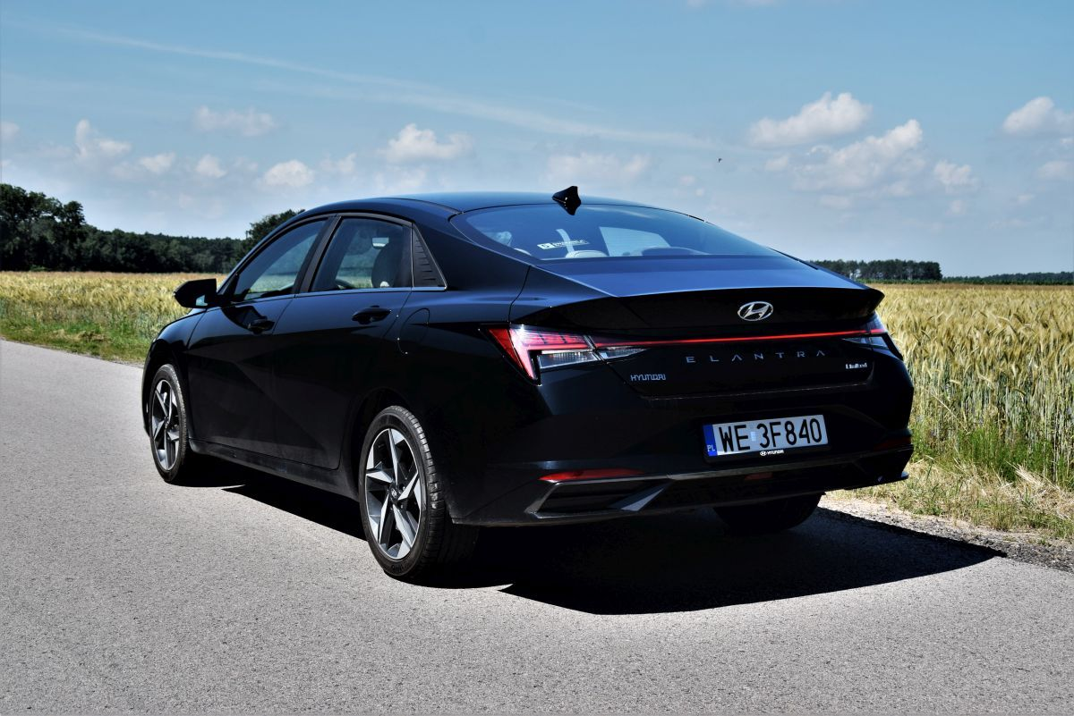 Hyundai Elantra 2021 - design
