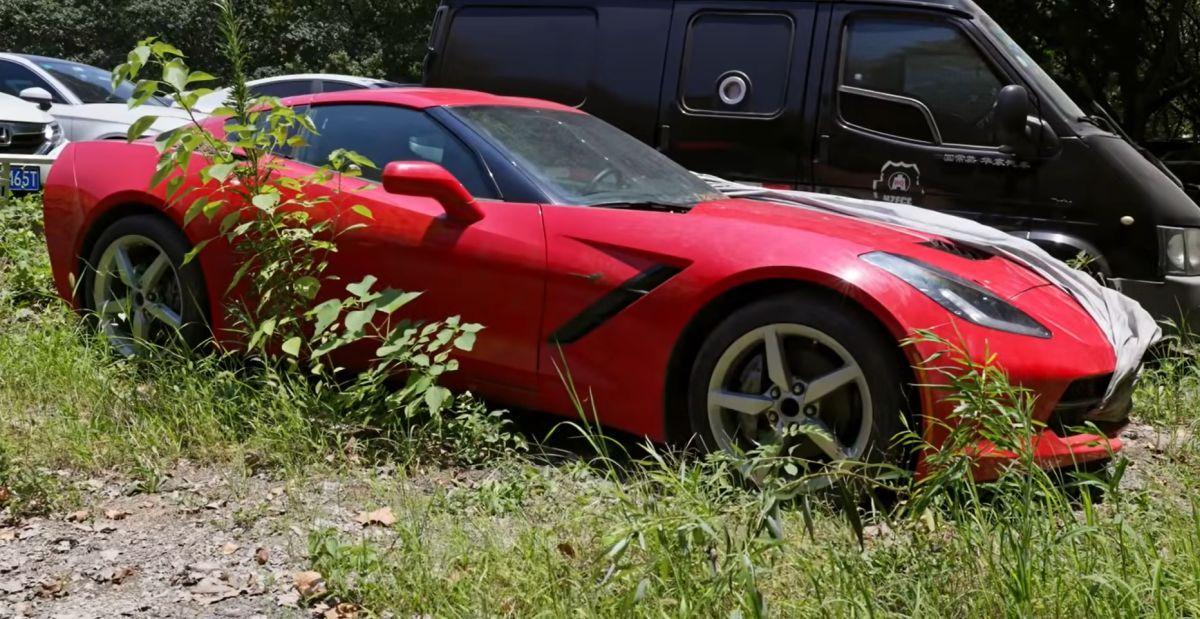 Parkingi skonfiskowanych aut w Chinach