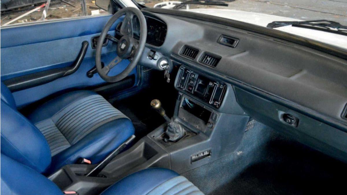 Peugeot 505 Pick-up - wnętrze