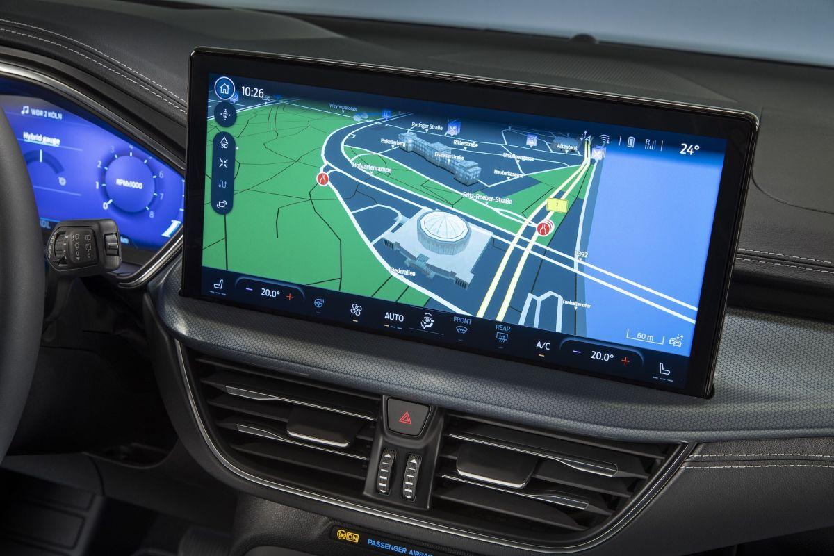 Ford Focus 2022 ekran SYNC4
