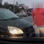 Agresywny kierowca Scenica