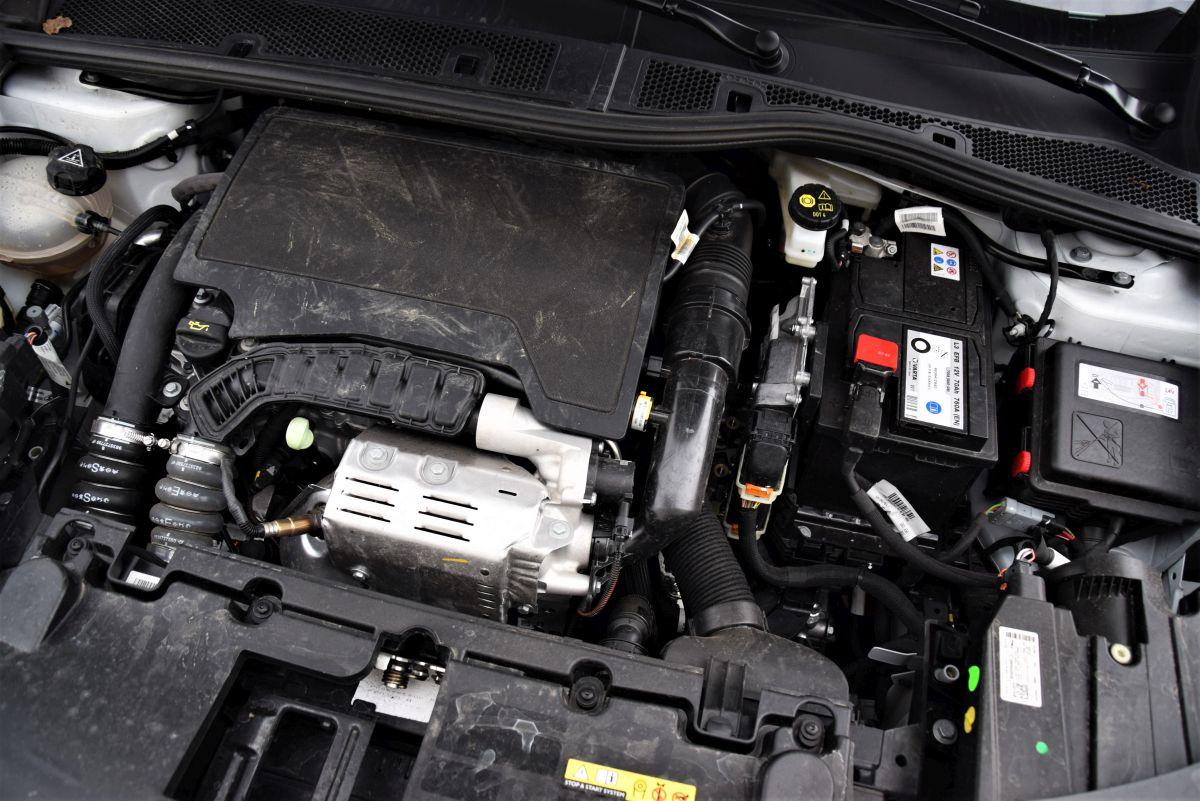 Opel Mokka 1.2 Turbo - silnik