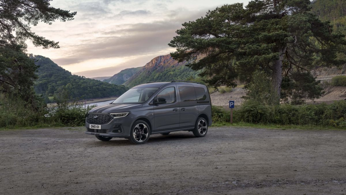 Ford Tourneo Connect Sport 2022