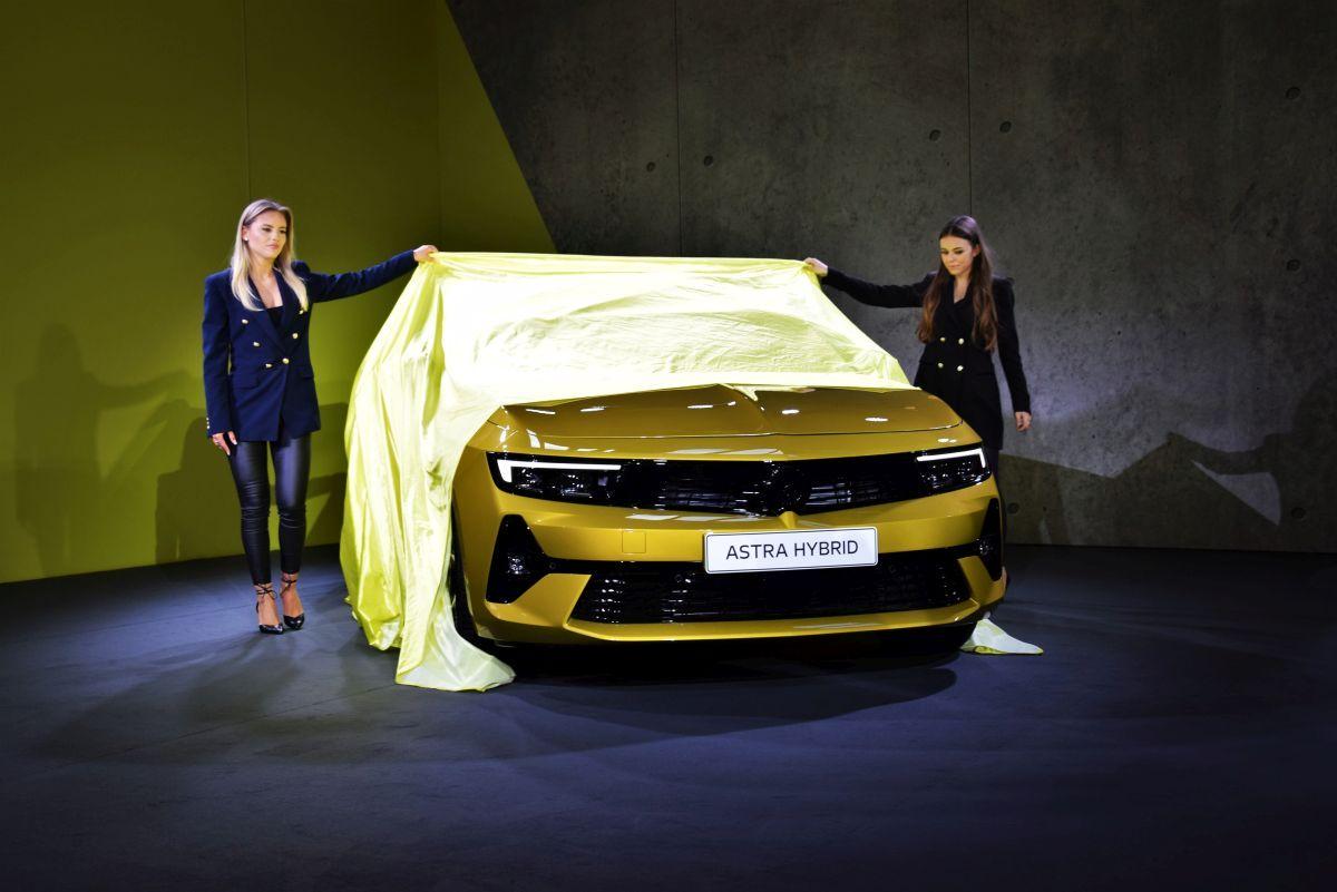 Opel Astra 2021 - premiera