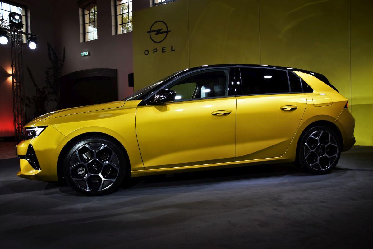 Opel Astra 2021 - silniki