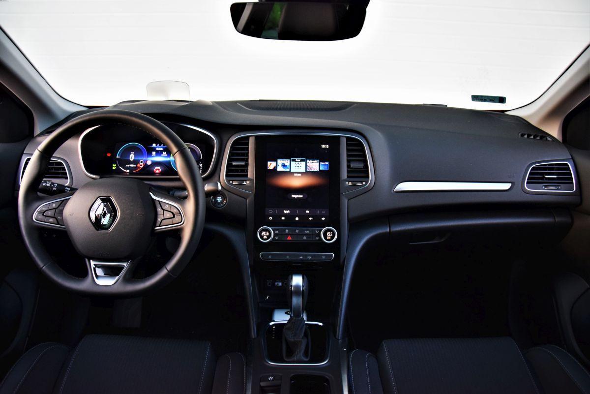 Renault Megane E-Tech - wnętrze